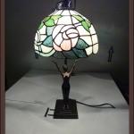 T727 Lampada Tiffany con Statua