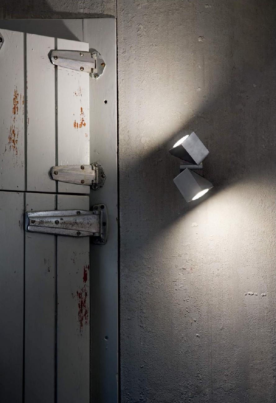 eus - Diffusore Orientabile - Luce da Esterno - Applique - Luce a Led - Lighting outdoor - Luce orientabile